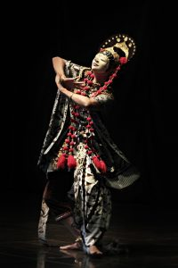 Seventh-generation Indonesian mask dancer Nani comes to UNC in January as part of Carolina Performing Arts' Sufi Journey series. Photo courtesy of Carolina Performing Arts.